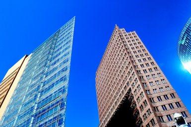 Rascacielos picado cristal Potsdamer Platz Berlín