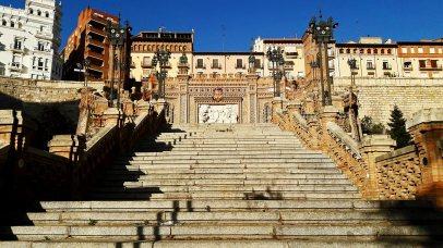 Panorámica Escalinata del Óvalo modernista José Torán de la Rad Plaza Estación Teruel