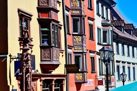 Viviendas barrocas balcones comercios Haupstrasse Rottweil