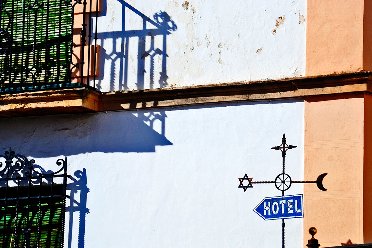 Señal hotel religiones Ronda