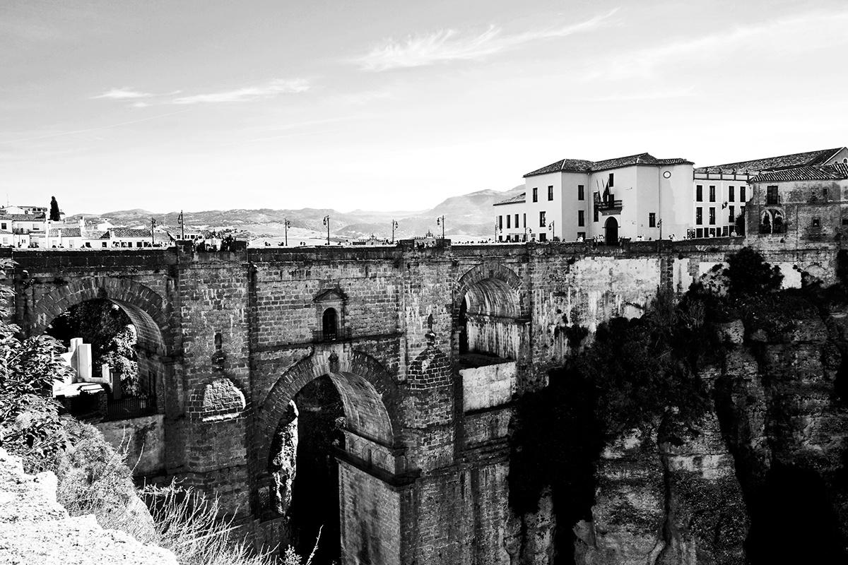 Panorámica Puente Nuevo Ronda blanco y negro