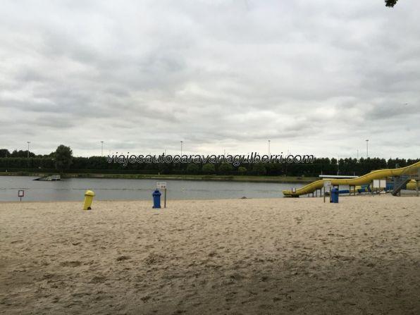 lago junto a camping Jabbeke
