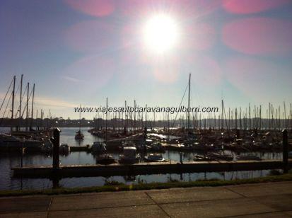 puerto deportivo de Brest al atardecer, magnífico lugar para pernoctar