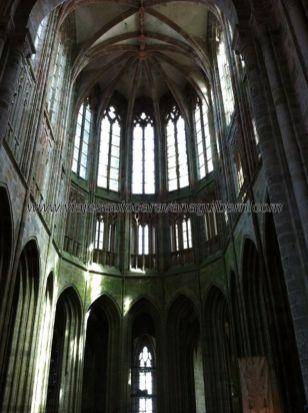 cabecera de la nave central de la iglesia abacial