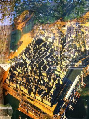 fotografía aérea de Intra-Muros, expuesta en un comercio local