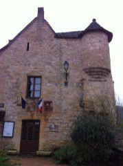 Ayuntamiento de Autoire, junto al Dordogne