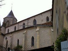 vista lateral de la Iglesia de Saint Félicien