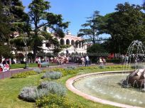 la Arena de Verona, desde la fontana de la Piazza Bra