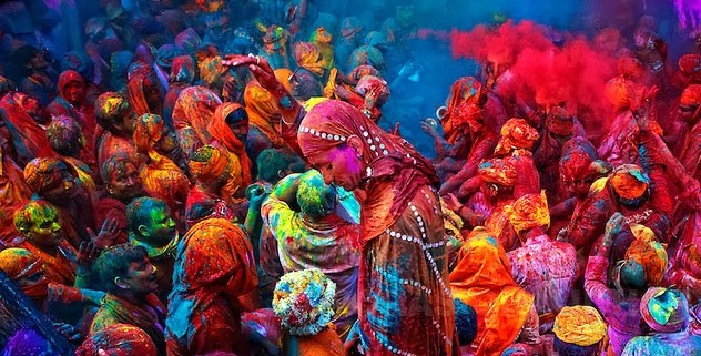 Viaje A La India Holi Festival De Colores Azul Marino Viajes Viajes Por Los 5 Continentes Con Los 5 Sentidos