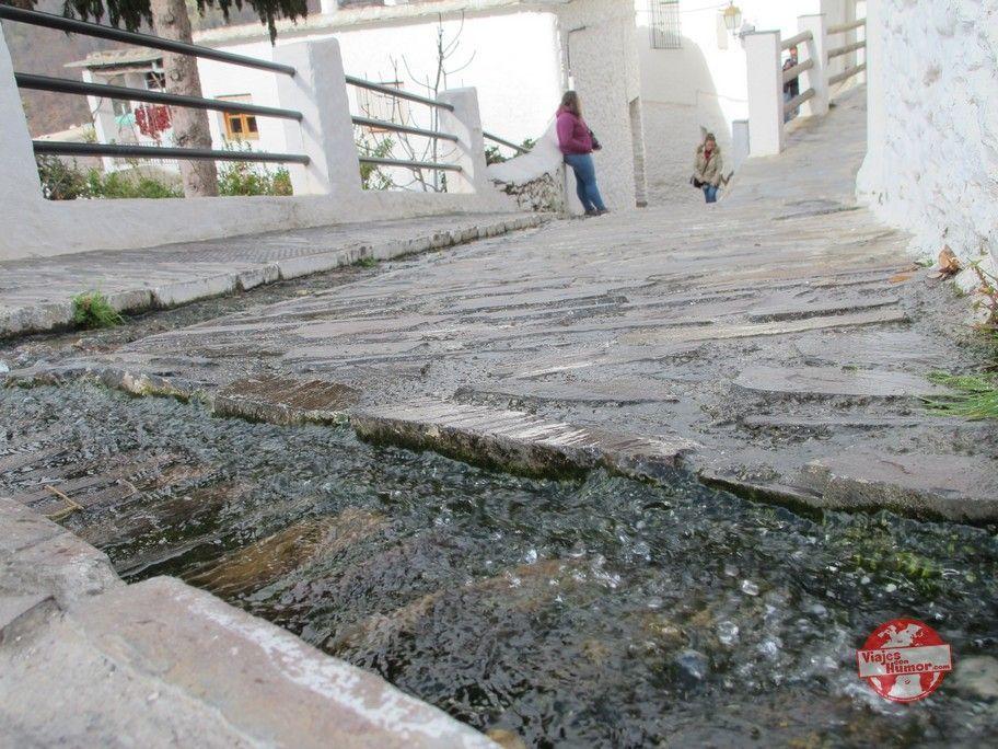 agua calles pampaneira