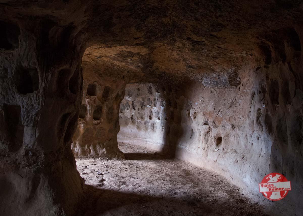 cerro san miguel cuevas rupestres