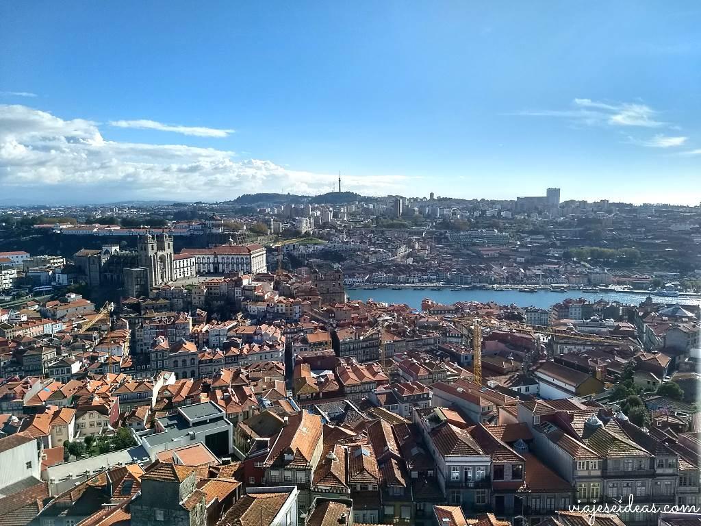 Torre dos Clérigos, Viaje a Oporto