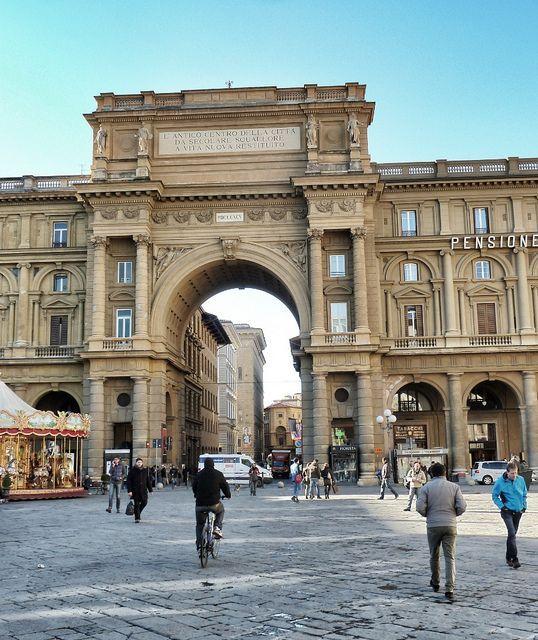 Paseo por las Calles de Florencia