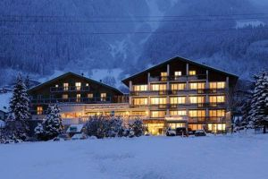 hoteles con estacion de esqui