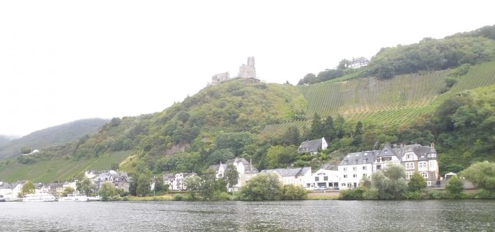BernKastel Kues (Alemania) Ruta por el Mosela