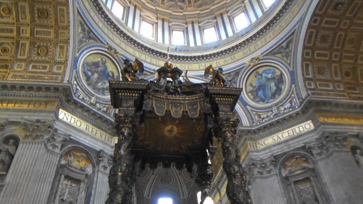 Baldoquino de Bernini. El Vaticano (Ciudad del Vaticano)