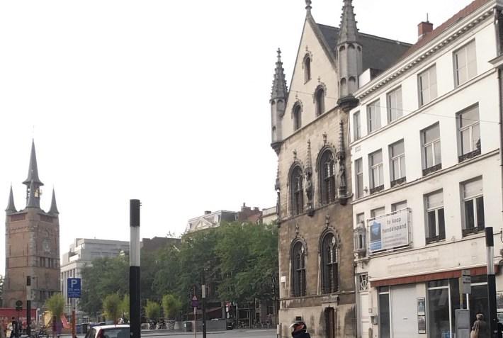 Grote Markt. Kortrijk / Courtrai (Bélgica)