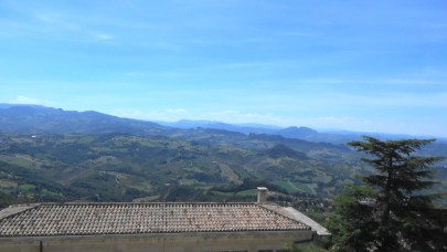 Vistas desde la Piazza della Libertá. San Marino.