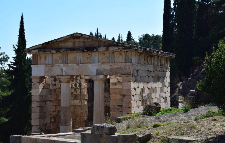 Tesoro de los Atenienses. Delfos (Grecia)