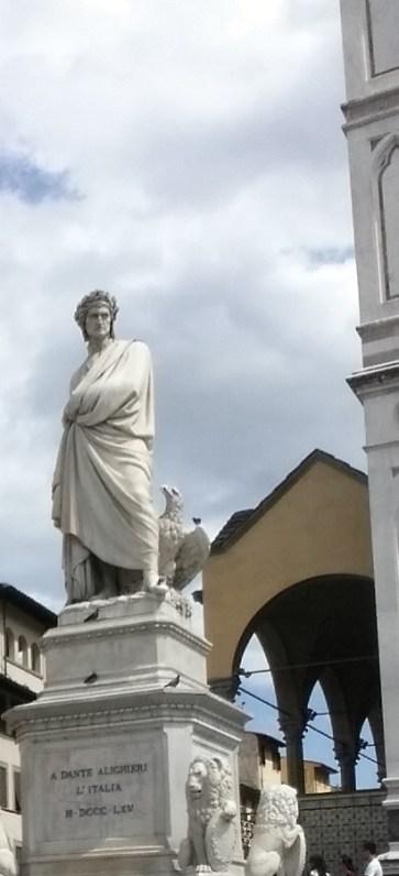 Estatua de Dante. Florencia (Italia)