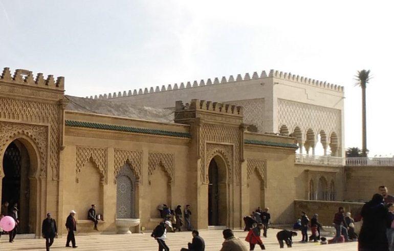 Exteriores Mausoleo Mohamed V. Rabat (Marruecos)