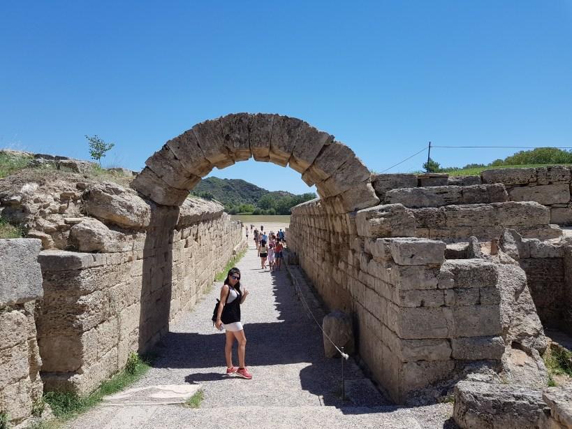 Pórtico Krypté, entrada al Stadium. Olimpia (Grecia)