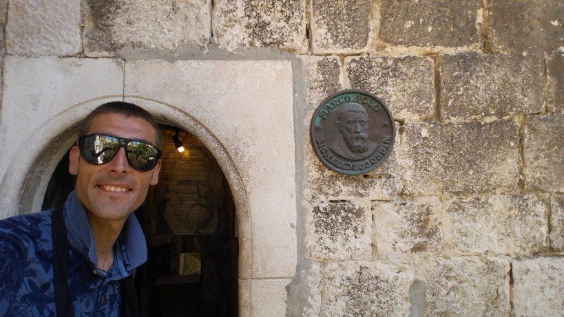 Entrada a la casa de Marco Polo. Kórcûla (Croacia)