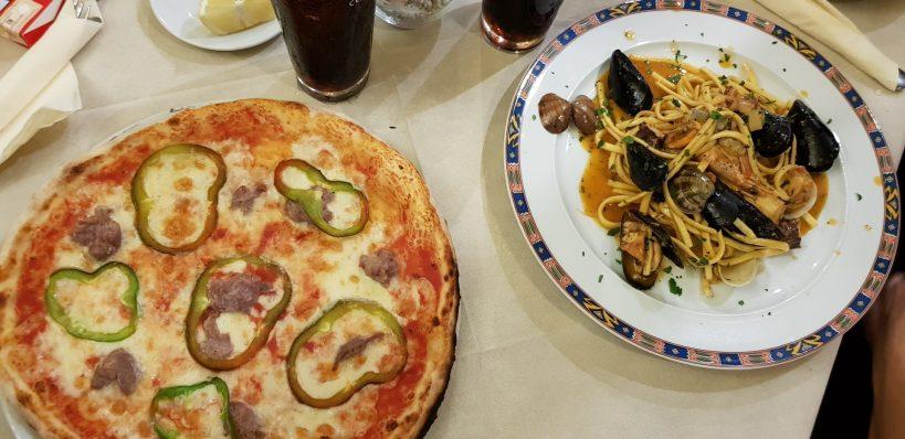 Manjares calabreses en Tropea, Calabria (italia)