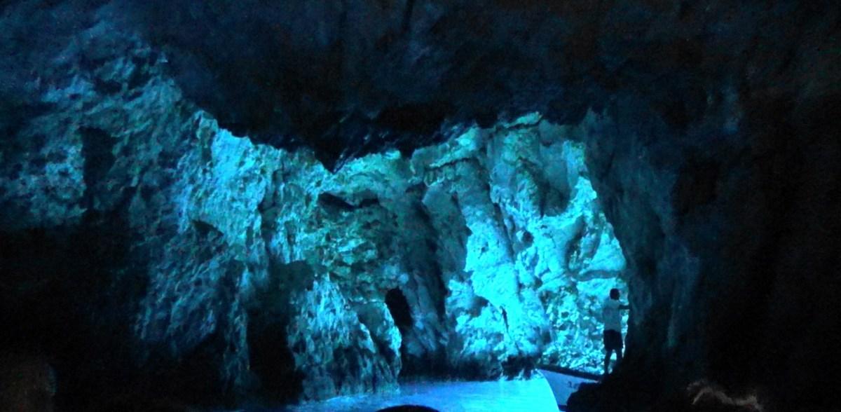 LA BLUE CAVE, ISLA DE BISEVO (CROACIA) MÁGICA Y MARAVILLOSA