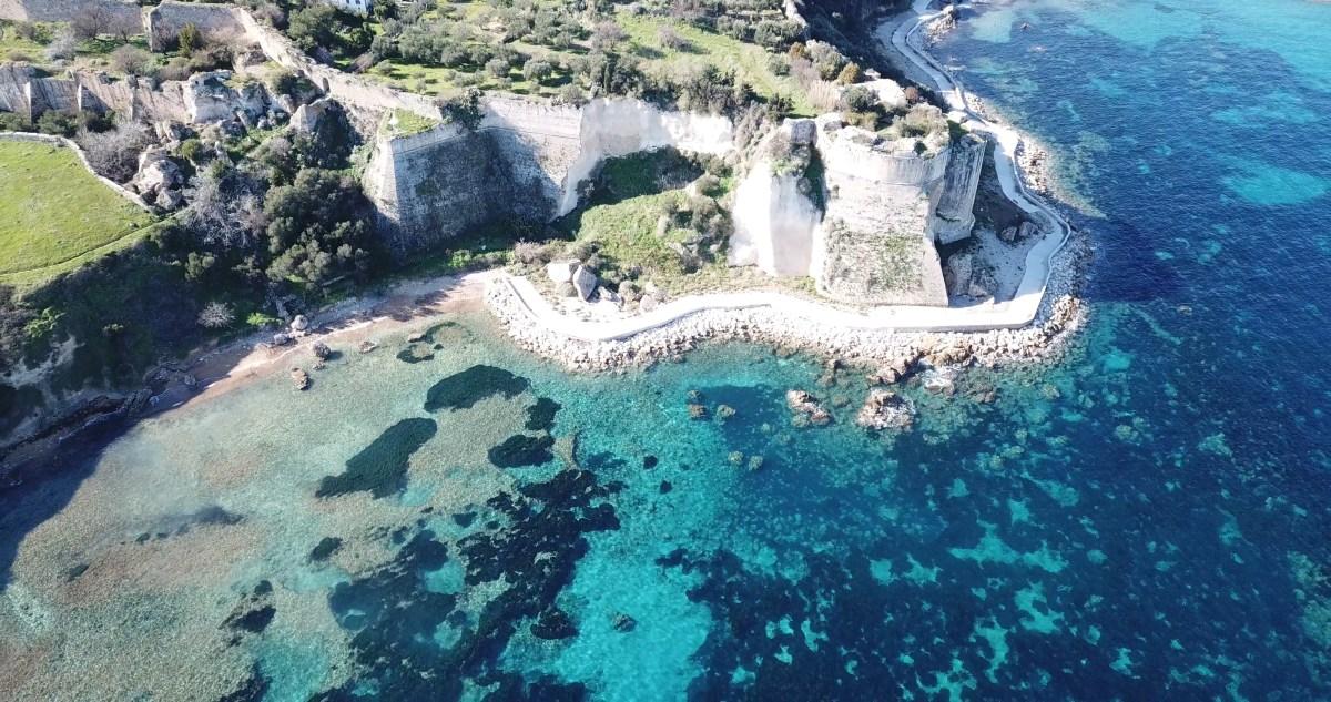 VIDEO: GRECIA DESDE EL AIRE: KORONI, PELOPONESO (GRECIA)