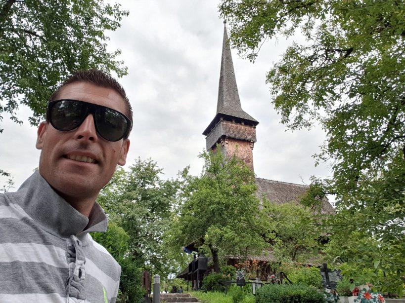 Iglesia de madera de Desesti, Maramures (Rumanía)