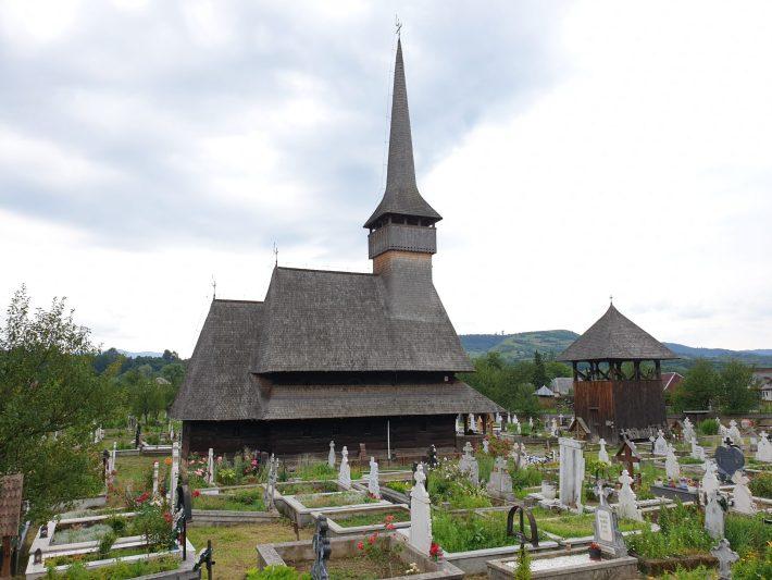 Iglesia de madera de Rozavlea, Maramures (Rumanía)