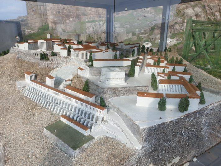 Maqueta en la Acrópolis de Pérgamo, muestra la antigua Pérgamo, Bergama (Turquía)