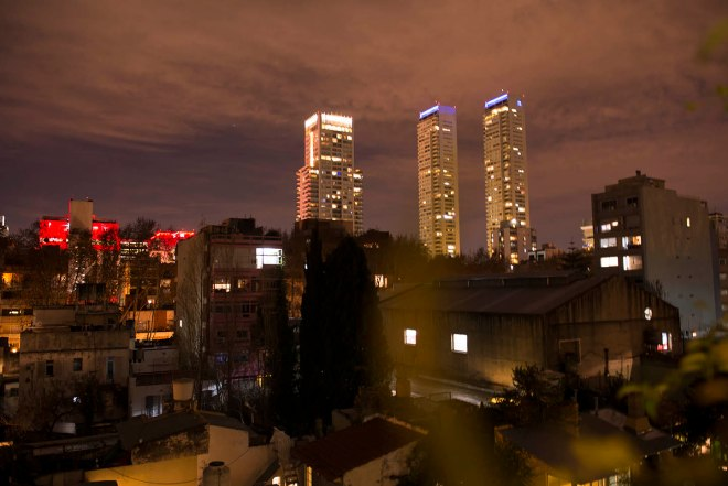 palo-santo-vista-nocturna
