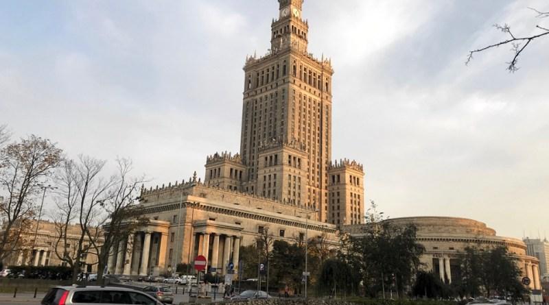 Recorriendo Varsovia, el pene de Stalin, historia y renacer