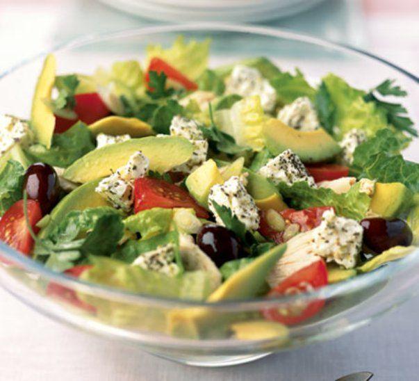 Salada colorida com abacate
