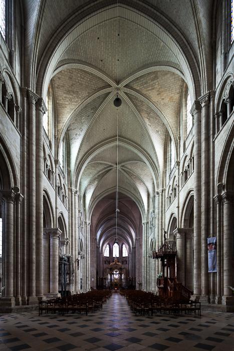 The Metropolitan and his Cathedral  Sainttienne de Sens