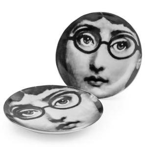 Black and white face ceramic plates (set of 2)