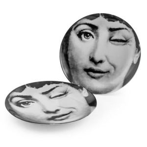 Black and white wink ceramic plates (set of 2)