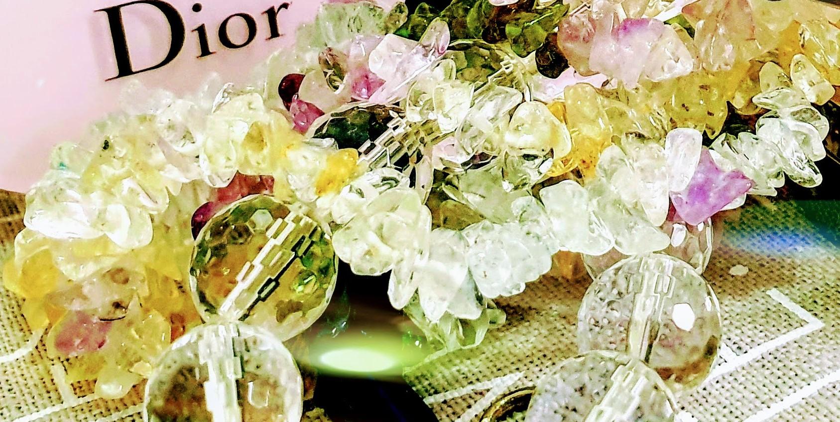 kosmetiikan suosikkilistani Dior Oil-to-Milk kuvitus