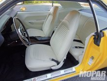 mopp_1001_05_1970_plymouth_barracuda_coupewhite_leather_interior