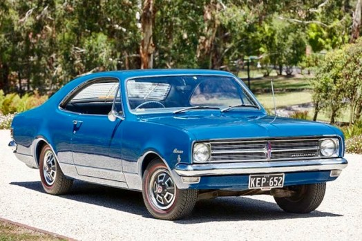 Holden-Hk-Monaro-186-side-front