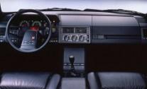 1989-Citroen-XM-interior-626x382