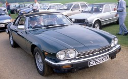 Princess-Diana-driving-the-XJ-S-with-young-Princes-in-the-rear
