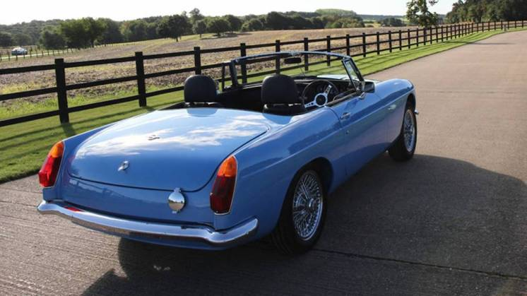 rbw-electric-mg-roadster-rear