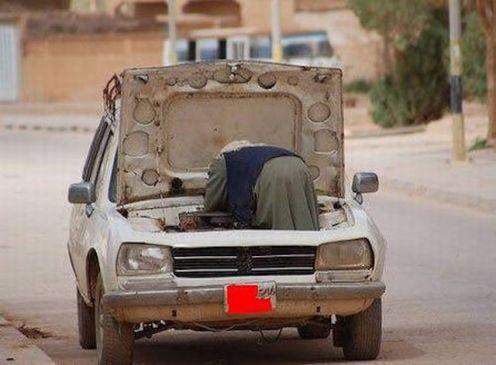 old-lady-car-repair
