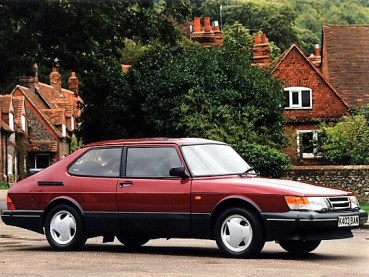 saab_900s_aero_uk-spec_1