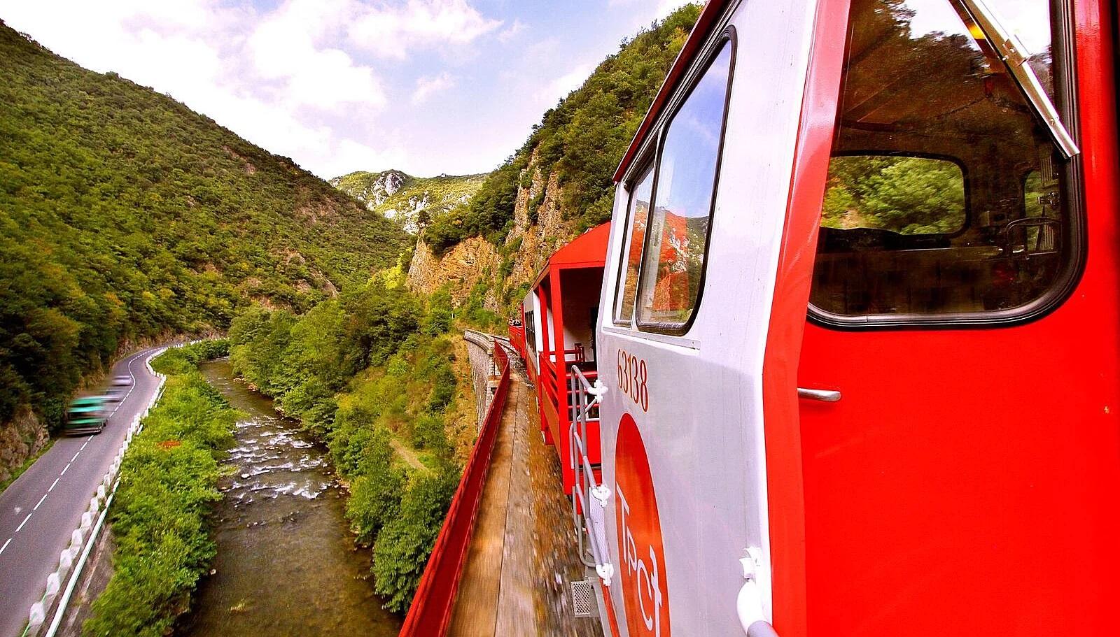 tren-vermell