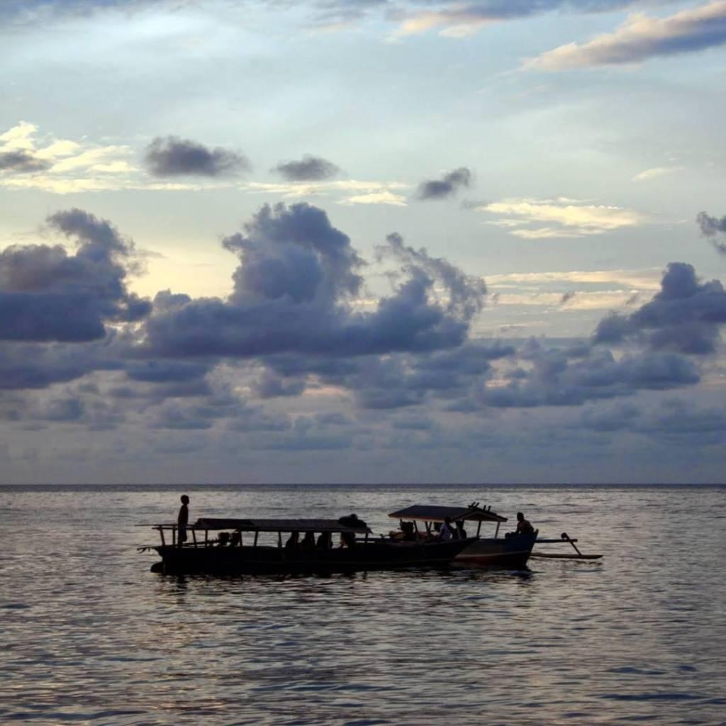 Capvespre a Pulau Kadidiri #Sulawesi #Viatjarpelmon