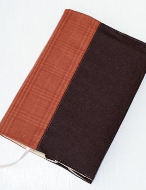 Обложка книжная из твида